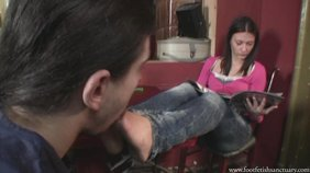 Brunette with filthy feet and her drooly slave boy