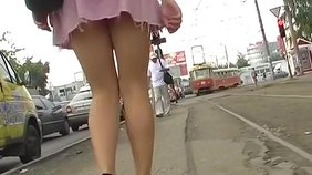 Pink skirt amateur girlfriend showing her panties up the skirt in HD